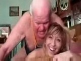Girl Can not Stop Laughing as Old Guy Fucks her