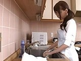 Young Asian Mom Got Surprise While Washing Dishes